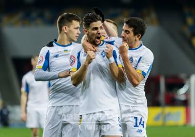 Блогер: «Динамо» может себе позволить не умирать в прессинге, как «Заря». Киевляне способны двигать мяч быстрее»