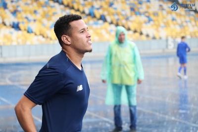 Бразильский клуб планирует в сентябре начать переговоры по футболисту «Динамо»