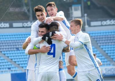 «Динамо-19» забезпечило собі вихід в плей-офф Юнацької ліги УЄФА!