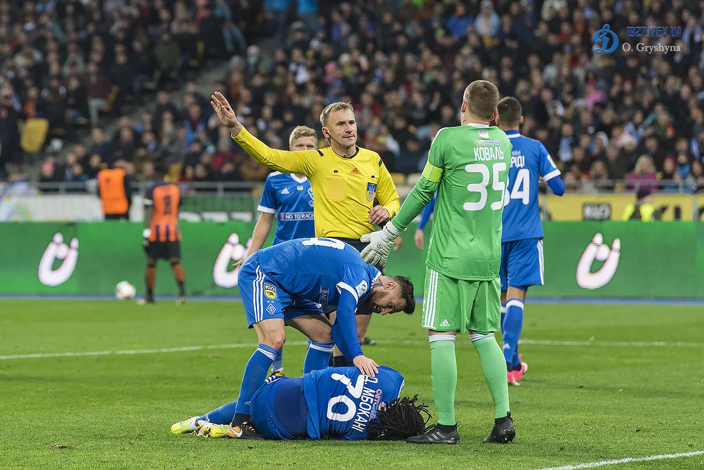 52fdbba85b08b3 Авторитетні українські футбольні фахівці вважають, що матч лідерів в  Харкові вирішить долю чемпіонату.