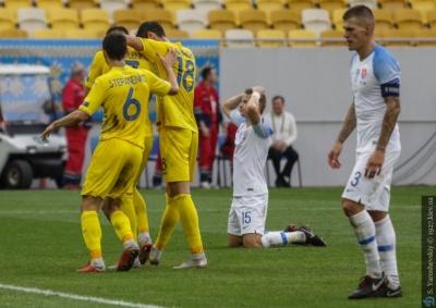 Гра - нічийна, а перемога - наша. Повний розклад ТТД у матчі Україна - Словаччина