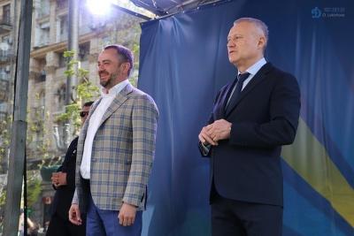 СМИ Казахстана: На матче Украина - Португалия у Павелко возник конфликт с братьями Суркисами
