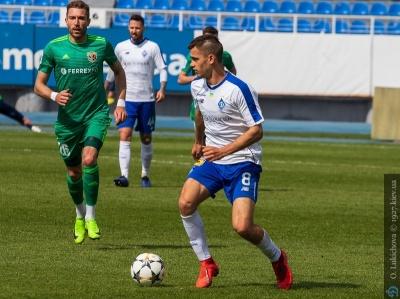 Михаил Смоловой: «Проблемы «Динамо» с «простыми» командами — в качестве перемещения мяча»