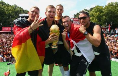 Кубок світу був пошкоджений під час святкування перемоги збірної Німеччини на ЧС