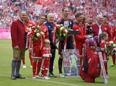 «Баварія» попрощалась з Ламом, Алонсо та Штарке