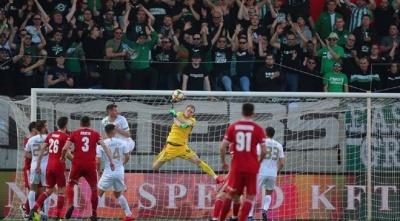 Команда Реброва виграла гаряче українське дербі в чемпіонаті Угорщини