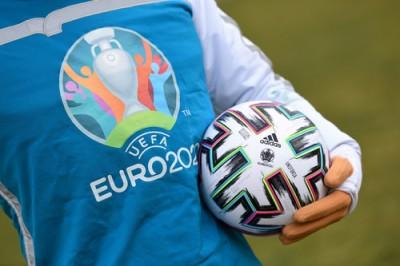 Три города-хозяина Евро-2020 под вопросом. УЕФА перенес заседание Исполкома