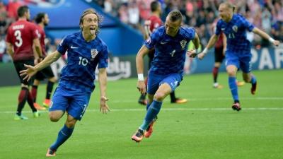 УЄФА відкрив дисциплінарні справи проти Туреччини та Хорватії через поведінку вболівальників