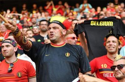 Бельгійські вболівальники організували фанатам з Уельсу «коридор слави»