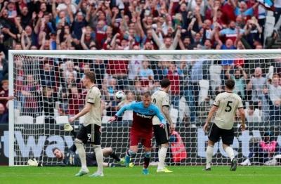 Ярмоленко забив красивий гол в кінці першого тайму у ворота «Манчестер Юнайтед»