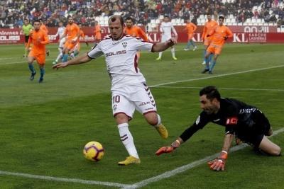 Зозуля в першому матчі після дискваліфікації відзначився дублем та асистом за «Альбасете»