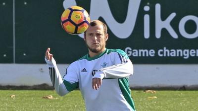 ФІФА дозволила Зозулі повернутися в «Дніпро»