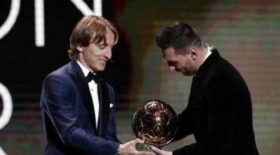 Модрич пояснив, чому вирішив не брати приклад з Роналду і привітав Мессі на церемонії «Золотого м'яча-2019»