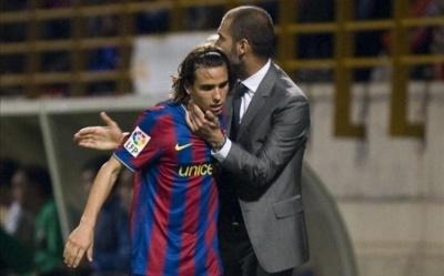 Він грав у Гвардіоли в «Барселоні» і пішов в «Манчестер Сіті». А потім зник