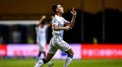 Найкращий бомбардир відбору до Євро-2020 відзначився розкішним голом рабоною у матчі чемпіонату Китаю