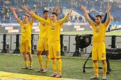 Як гравці збірної України в соцмережах відреагували на перемогу над Чехією