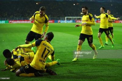 «Боруссія» Дортмунд перемагає «Бенфіку» і виходить в чвертьфінал Ліги чемпіонів