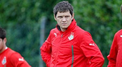 Тарас Михалик продовжив контракт з «Локомотивом»