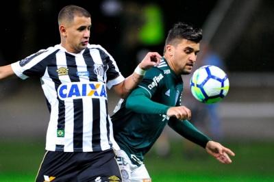 Дерліс Гонсалес віддав п'яту результативну передачу за «Сантос»