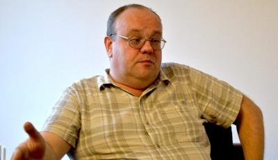 Артем Франков: «Волнуюсь по поводу травы на «Олимпийском». Восстановится ли к 24 апреля?»