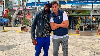 Защитник брестского «Динамо»: «Одноклубники называют меня «Африка». Бросают в меня бананы»
