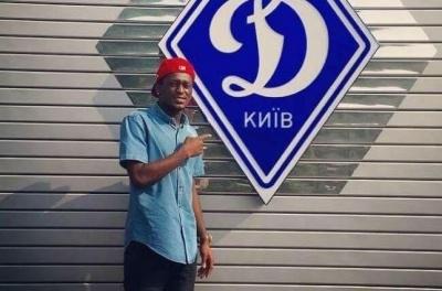 Ахіссан залишився незадоволений рішенням Селюка розірвати контракт з «Динамо» і припинив співпрацю з агентом