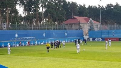 Футболісти «Десни» U-21 добиралися на матч з «Динамо» на таксі