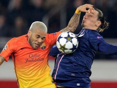 Барселона не собирается продлевать контракт с Д.Алвешем