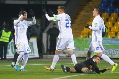 Матч «Динамо» встановив рекорд сезону і потонув у великій кількості браку