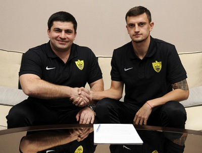 Максим Білий став гравцем «Анжі»