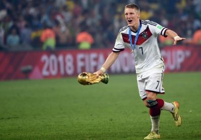 Оттмар Хітцфельд: «Для німецького футболу відстуність Бастіана Швайнштайгера на ЄВРО-2016 буде величезною втратою»