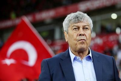 Турецкие болельщики: «Луческу только и делает, что ноет и позорит нашу страну»
