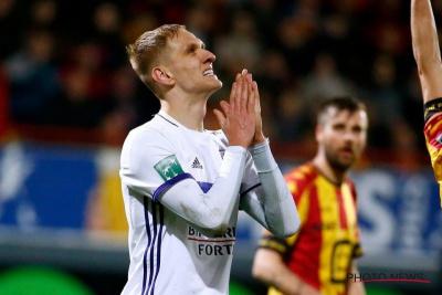 Лукаш Теодорчик може пропустити матч з «Манчестер Юнайтед»