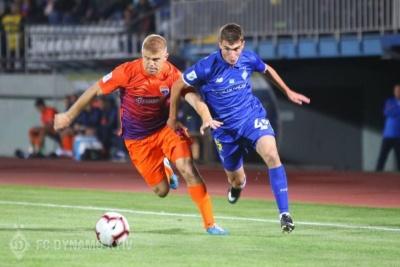 Євген Смирний: «Якщо хочу грати в першій команді «Динамо», то боятися не можна. А я дуже цього хочу»