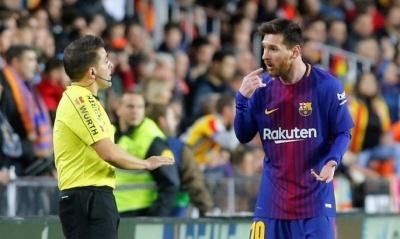 Арбітр не помітив, що м'яч повністю перетнув лінію воріт після удару Мессі у матчі «Валенсія» - «Барселона»