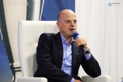 Віктор Вацко передає вітання від екс-динамівця