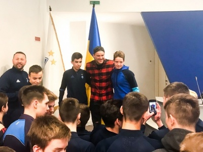 Знайомство з новою системою відеоаналізу і зустріч з Андрієм Ярмоленком для юних динамівців