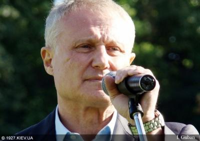 Хто записує Суркіса в друзі Путіна