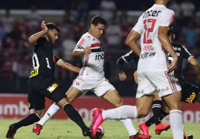 «Сан-Паулу» и «Коринтианс» разошлись миром, Буэно и Че Че сыграли весь матч, Сидклей остался в запасе