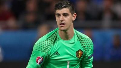 Куртуа закликає тренера Бельгії подати у відставку