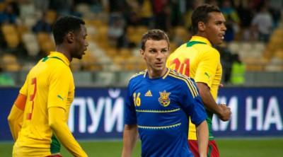 «Грати у футбол без уболівальників – це те саме, що спати з гумовою жінкою», – екс-форвард збірної України