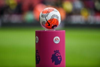 Чотири клуби АПЛ наполягають на скасуванні сезону
