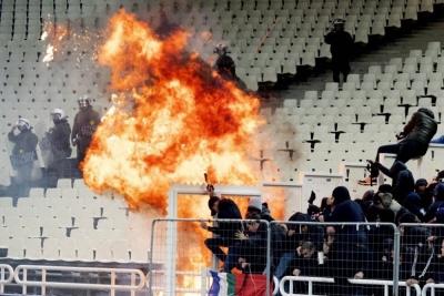 Фанати в Греції влаштували вибух на матчі Ліги чемпіонів