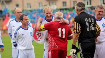 Як Кварцяний грав з ветеранами «Динамо»