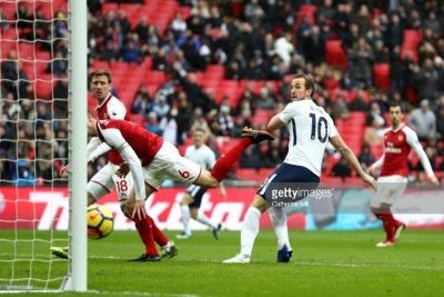 «Тоттенхем» перемагає «Арсенал» у лондонському дербі