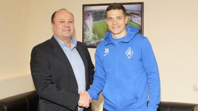 Офіційно: Артем Громов - гравець «Крильєв Совєтов»