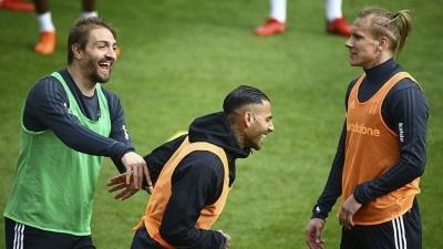Кубок Туреччини: Ленс у старті, Віда поза заявкою на матч