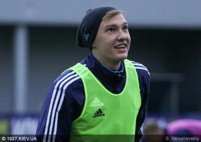 Коваленко може стати партнером Коноплянки у «Севільї»