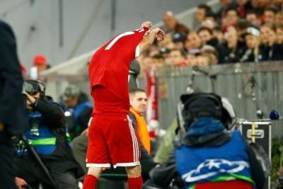 Рібері розсердився на Анчелотті та кинув футболку в сторону лави запасних «Баварії»