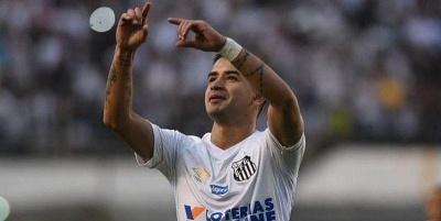 «Сантос» с Гонсалесом проиграл на своем поле «Шапекоэнсе»